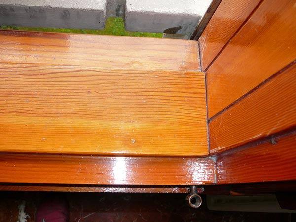 Verniciatura-smalti-infissi-in-legno-Parma